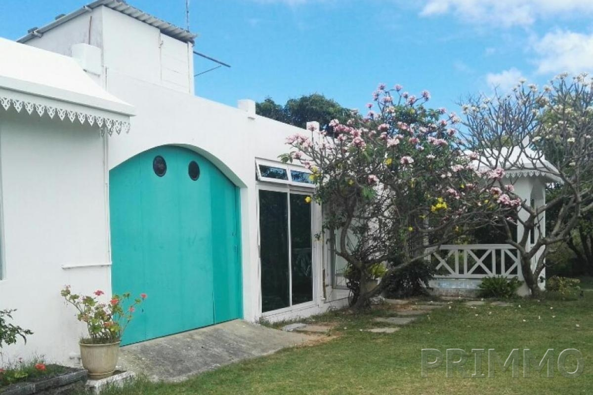 Location ile maurice villa maison louer long terme for Entretien jardin locataire